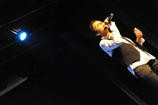 Yam Baker le 27 novembre 2010